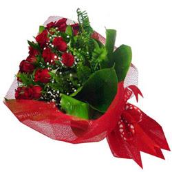 Rize internetten çiçek siparişi  12 adet kirmizi essiz gül buketi - SEVENE ÖZEL