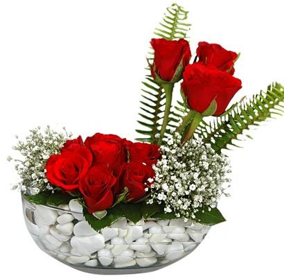 cam içerisinde 9 adet kirmizi gül  Rize çiçek yolla