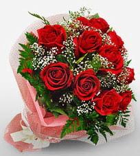 12 adet kırmızı güllerden kaliteli gül  Rize çiçek yolla
