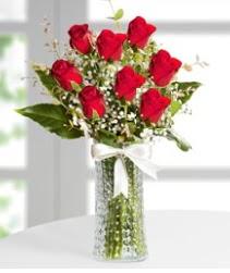 7 Adet vazoda kırmızı gül sevgiliye özel  Rize online çiçekçi , çiçek siparişi