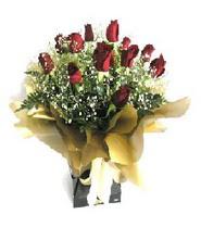 Rize çiçek gönderme sitemiz güvenlidir  11 adet kirmizi gül  buketi