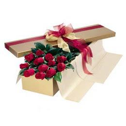 Rize çiçek satışı  10 adet kutu özel kutu