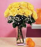 Rize çiçek yolla , çiçek gönder , çiçekçi   9 adet sari güllerden cam yada mika vazo