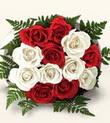 Rize çiçek mağazası , çiçekçi adresleri  10 adet kirmizi beyaz güller - anneler günü için ideal seçimdir -
