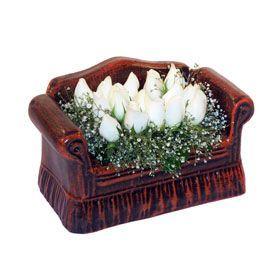 seramik içerisinde 11 gül  Rize güvenli kaliteli hızlı çiçek