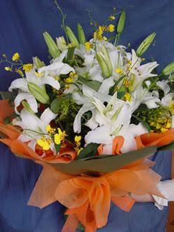 Rize çiçek yolla , çiçek gönder , çiçekçi   5 ADET KAZABLANKA BUKETI KALITEDEN SASMAYANLARA