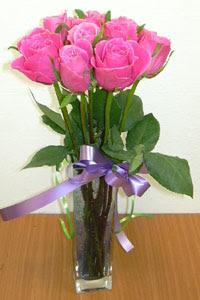 cam vazo içerisinde 11 adet gül  Rize çiçek yolla , çiçek gönder , çiçekçi