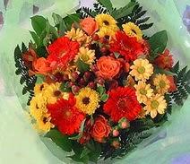 Rize kaliteli taze ve ucuz çiçekler  sade hos orta boy karisik demet çiçek