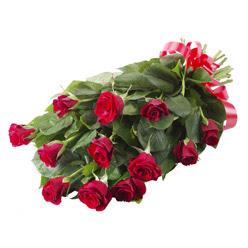 11 adet kirmizi gül buketi  Rize online çiçek gönderme sipariş