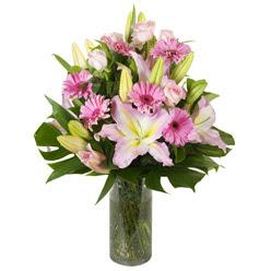 vazo içerisinde karisik mevsim çiçekleri  Rize çiçek gönderme sitemiz güvenlidir