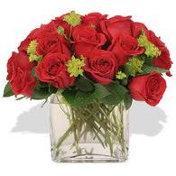 Rize çiçek online çiçek siparişi  10 adet kirmizi gül ve cam yada mika vazo
