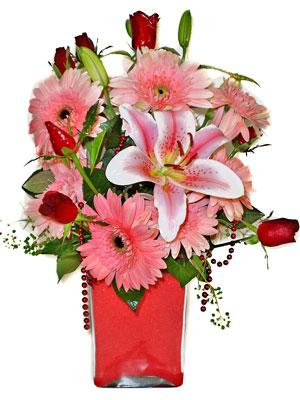 Rize çiçekçi telefonları  karisik cam yada mika vazoda mevsim çiçekleri mevsim demeti