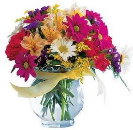 Rize çiçek yolla , çiçek gönder , çiçekçi   cam yada mika içerisinde karisik mevsim çiçekleri