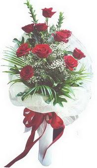 Rize güvenli kaliteli hızlı çiçek  10 adet kirmizi gülden buket tanzimi özel anlara