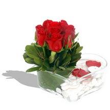 Mika kalp içerisinde 9 adet kirmizi gül  Rize internetten çiçek satışı