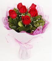 9 adet kaliteli görsel kirmizi gül  Rize hediye sevgilime hediye çiçek