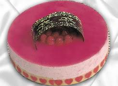 pasta siparisi 4 ile 6 kisilik yas pasta framboaz yaspasta  Rize çiçek siparişi vermek