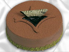 pasta siparisi 4 ile 6 kisilik yas pasta çikolata yaspasta  Rize hediye çiçek yolla