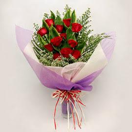 çiçekçi dükkanindan 11 adet gül buket  Rize yurtiçi ve yurtdışı çiçek siparişi