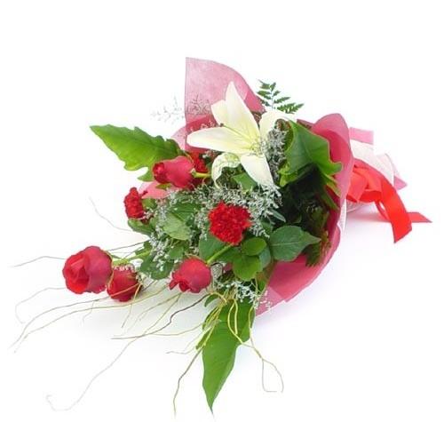 Mevsim çiçeklerinden karisik buket  Rize çiçekçi telefonları