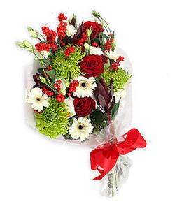 Karisik mevsim buketi çiçek tanzimi  Rize çiçek gönderme sitemiz güvenlidir