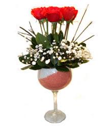 Rize İnternetten çiçek siparişi  cam kadeh içinde 7 adet kirmizi gül çiçek