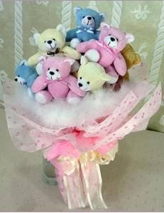 9 adet ayiciktan buket  Rize internetten çiçek satışı