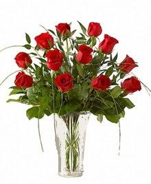 cam yada mika vazo içerisinde 9 kirmizi gül  Rize online çiçekçi , çiçek siparişi
