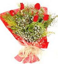 Rize hediye çiçek yolla  5 adet kirmizi gül buketi demeti
