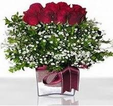 Rize çiçek yolla , çiçek gönder , çiçekçi   mika yada cam vazo içerisinde 7 adet gül