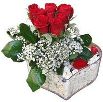 Rize çiçek siparişi vermek  kalp mika içerisinde 7 adet kirmizi gül