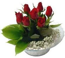 Rize çiçek yolla , çiçek gönder , çiçekçi   cam yada mika içerisinde 5 adet kirmizi gül