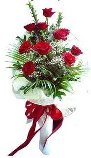 Rize kaliteli taze ve ucuz çiçekler  10 adet kirmizi gül buketi demeti