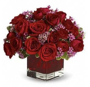 11 adet kırmızı gül vazosu  Rize İnternetten çiçek siparişi
