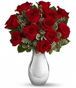 Rize çiçek yolla   vazo içerisinde 11 adet kırmızı gül tanzimi