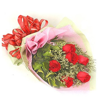 Rize çiçek mağazası , çiçekçi adresleri  6 adet kırmızı gülden buket
