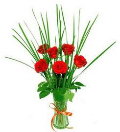 Rize çiçek mağazası , çiçekçi adresleri  6 adet kırmızı güllerden vazo çiçeği