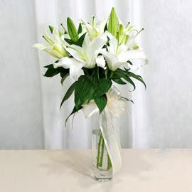 Rize hediye çiçek yolla  2 dal kazablanka ile yapılmış vazo çiçeği