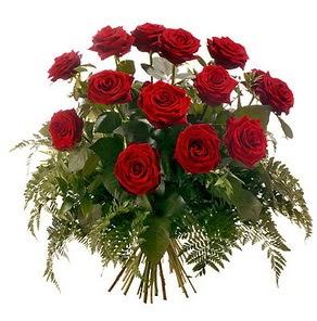 Rize çiçek yolla , çiçek gönder , çiçekçi   15 adet kırmızı gülden buket