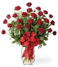 Sevgilime sıradışı hediye güller 24 gül  Rize ucuz çiçek gönder