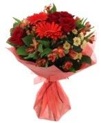 karışık mevsim buketi  Rize çiçek gönderme sitemiz güvenlidir