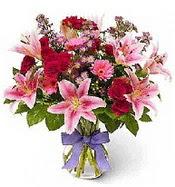 Vazo içerisinde karışık mevsim çiçeği  Rize online çiçekçi , çiçek siparişi