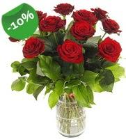 11 adet vazo içerisinde kırmızı gül  Rize çiçek gönderme