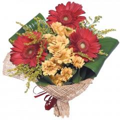 karışık mevsim buketi  Rize yurtiçi ve yurtdışı çiçek siparişi
