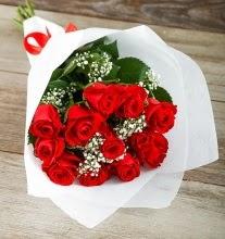 9 kırmızı gülden buket çiçeği  Rize hediye sevgilime hediye çiçek