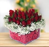 15 kırmızı gülden kalp mika çiçeği  Rize çiçek servisi , çiçekçi adresleri