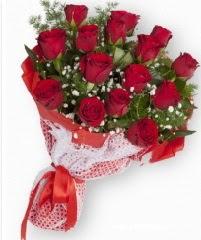 11 adet kırmızı gül buketi  Rize çiçek satışı