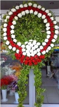 Cenaze çelenk çiçeği modeli  Rize hediye çiçek yolla