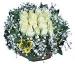 Rize İnternetten çiçek siparişi  Beyaz harika bir gül sepeti