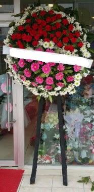 Cenaze çiçek modeli  Rize çiçek gönderme sitemiz güvenlidir